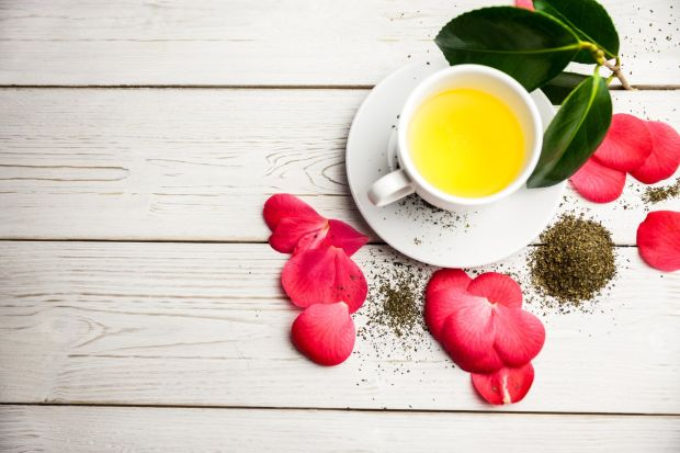 Cup of herbal tea on table shot in studio, Image: 258225774, License: Royalty-free, Restrictions: , Model Release: no, Credit line: Profimedia, Wavebreak