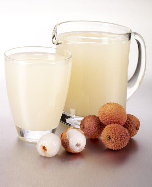FRESH LYCHEE JUICE IN GLASS JUG WITH FILLED TUMBLER, Image: 69925321, License: Rights-managed, Restrictions: , Model Release: no, Credit line: Profimedia, Foodfolio