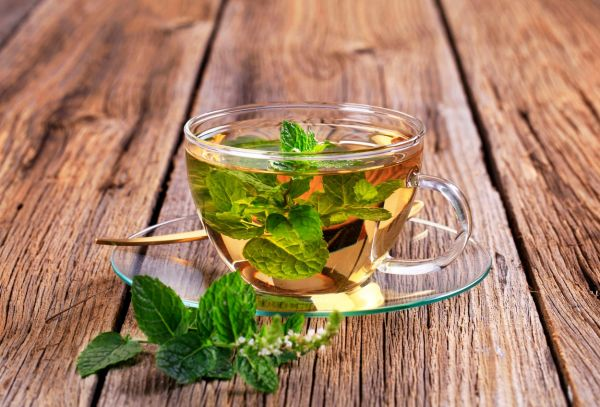Mint tea made of fresh mint leaves, Image: 90036630, License: Rights-managed, Restrictions: , Model Release: no, Credit line: Profimedia, Digifoodstock