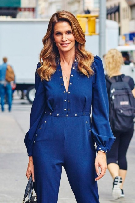 Cindy Crawford cuts a stylish figure in a royal blue jumpsuit and gold heels while out and about in NYC Pictured: Cindy Crawford, Image: 260527065, License: Rights-managed, Restrictions: This content is restricted from viewing without proper permissions due to fine art copyright or its sensitive nature. Not available for distribution or use by resellers/representatives in the United States. Not available for license and invoicing to customers located in Taiwan. Not available for license and invoicing to customers located in France. Not available for license and invoicing to customers located in Belgium. Not available for license and invoicing to customers located in the Netherlands., Model Release: no, Credit line: Profimedia, Corbis Splash (login required images)