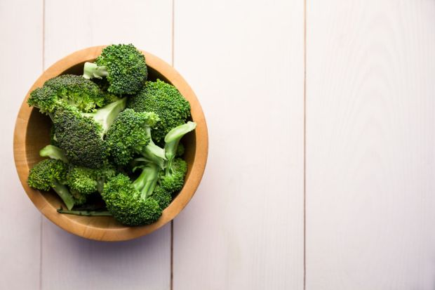 Broccoli in a bowl on the table, Image: 260057270, License: Royalty-free, Restrictions: , Model Release: no, Credit line: Profimedia, Wavebreak