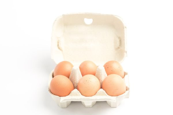 Carton of eggs on white background, Image: 164748161, License: Royalty-free, Restrictions: , Model Release: no, Credit line: Profimedia, Wavebreak