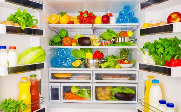 30169245 - open fridge full of fresh fruits and vegetables, healthy food background, organic nutrition, health care, dieting concept