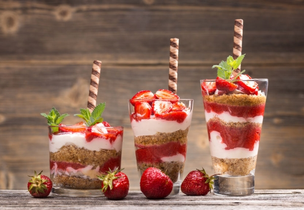 40565397 - fresh strawberry yogurt parfait on wooden background