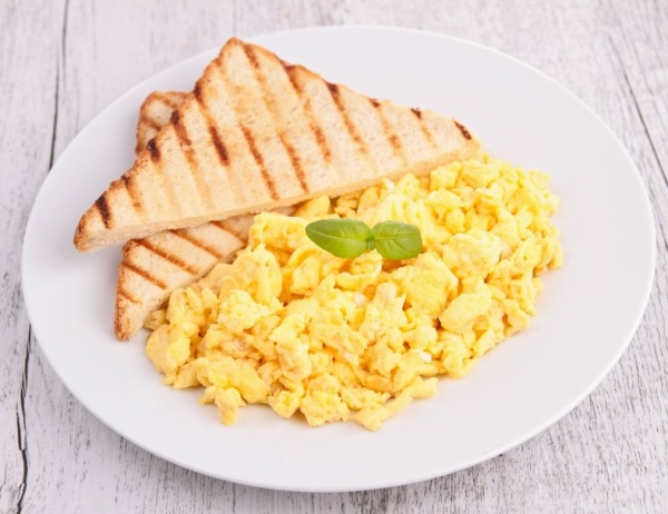 18727062 - scrambled egg