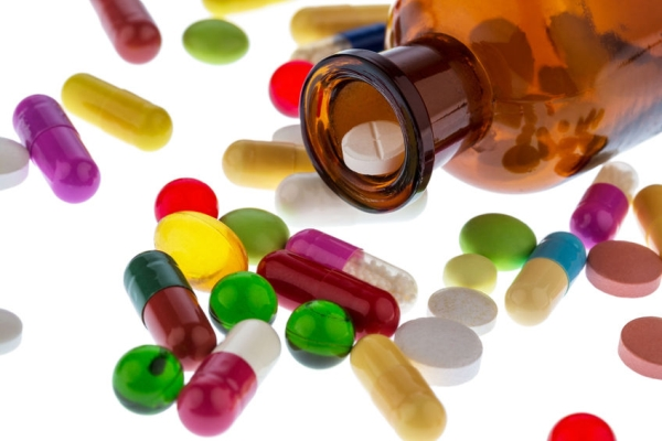 34822334 - many tablets . photo icon for addiction and costs in medicine and medicines.