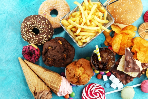 99728698 - unhealthy products. food bad for figure, skin, heart and teeth. assortment of fast carbohydrates food.