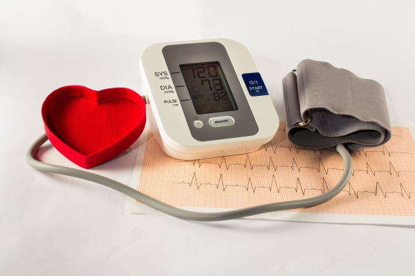 38117743 - the pressure gauge to control our blood pressure