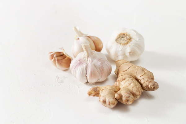 The garlic in the recipes of traditional medicine and to enhance immunity. Copy space text