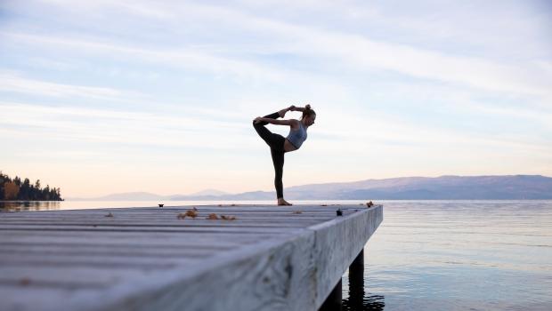 Miért jó, ha az edzés mellett jógázol?